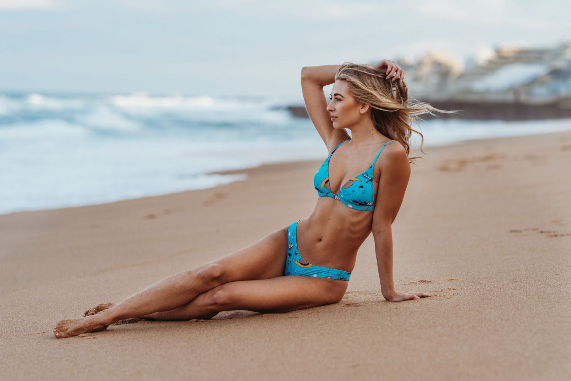 bikini_model_ballito_beach_ocean_sand_sitiing_on_beach